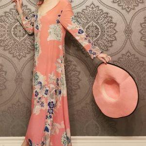 MADE IN ITALY 🇮🇹 100% silk maxi dress